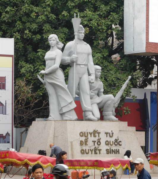 Statue in central Hanoi